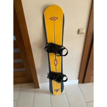 Deska snowboard 146cm Nidecker z wiązaniami
