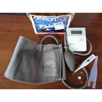 Ciśnieniomierz OMRON MX i termometr OMRON.