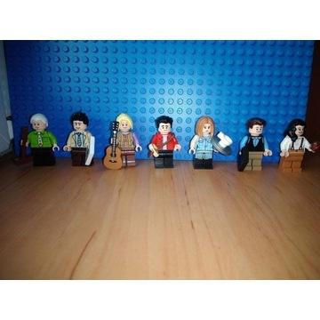 Lego 21319 FRIENDS Przyjaciele komplet 7 figurek