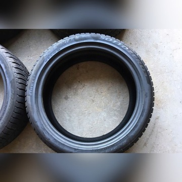 Opony zima 7mm Pirelli Sotto Zero 3 R 18 225/45