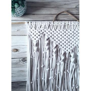Długa biała makrama na ścianę | ozdoba ścienna
