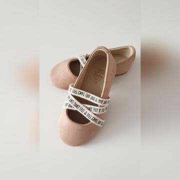 Pantofelki ZARA