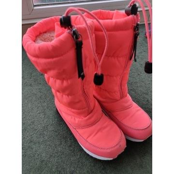 Buty dziewczęce r. 30 4F zimowe śniegowce