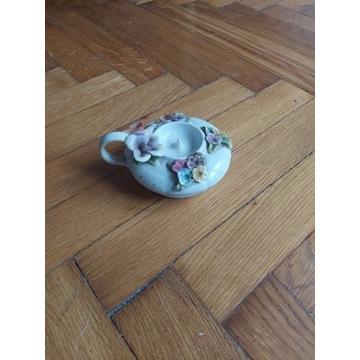 Swiecznik  porcelana  rumuńska