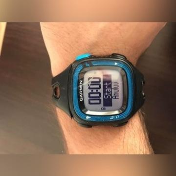 Wodoodporny zegarek Garmin Forerunner 15 z GPS