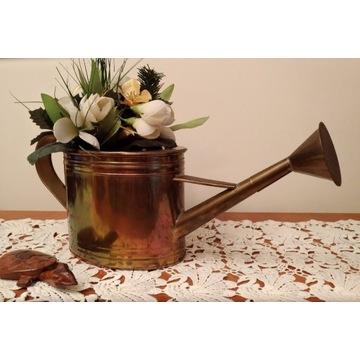 Konewka dekoracyjna lub do podlewania roślin złota