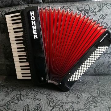 Hohner Bravo III 120 akordeon czarny