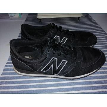 Adidasy New Balance 40