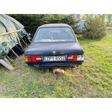 BMW E30 1989r bez silnika