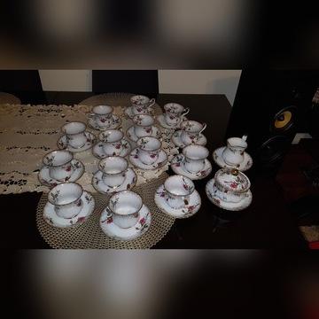 Serwis do kawy 14 osób Chodzież Iwona B013