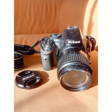 Nikon D5200 32GB + 2x akumulator + filtr UV