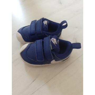 Buty Nike dla chłopca rozmiar 22