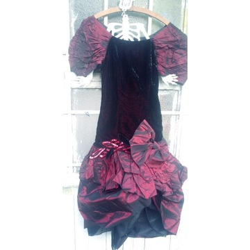 Elegance Bonn stara suknia z lat 60 balowa r.38