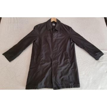 Czarny płaszcz typu prochowiec (macintosh) roz. 52