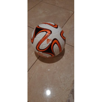 Piłka nożna Adidas Brazuca Glider FIFA World Cup