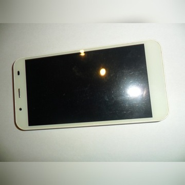 Telefon Kruger&Matz FLOW 4 Biały Dual SIM LTE