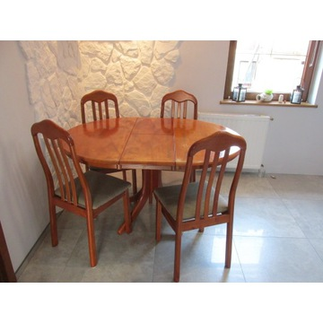 Zestaw stół rozsuwany i 4 krzesła firmy Halmar