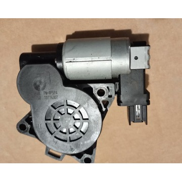 Silnik podnośnika szyb tył Mazda 3