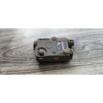 Atrapa peq z miejscem na akumulator