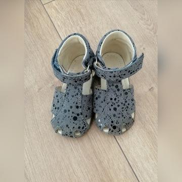 Sandałki Mrugała rozmiar 20 stan idealny