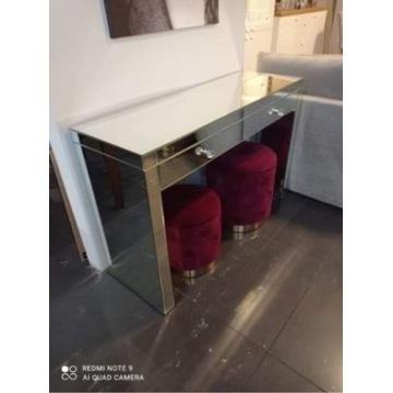 Nieużywana toaletka z lustra szlifowanego