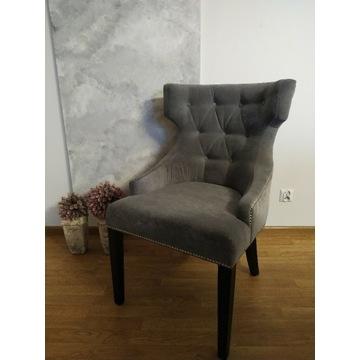 Krzesła pikowane tapicerowane chesterfield