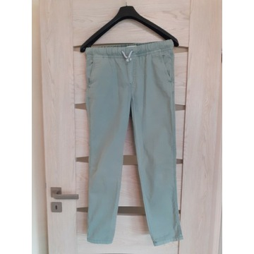 Spodnie chłopięce roz.152