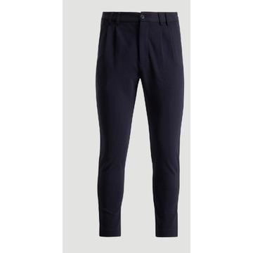 Nowe spodnie eleganckie Holzweiler rozmiar 50