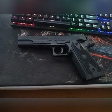 Pistolet gazowy PowerWin 304