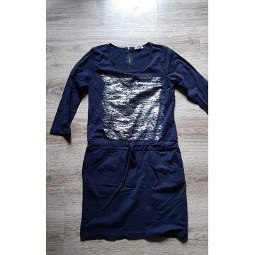 Lekka sukienka S