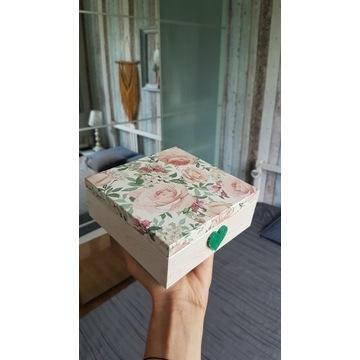 Szkatułka, skrzyneczka, pudełko róże rękodzieło