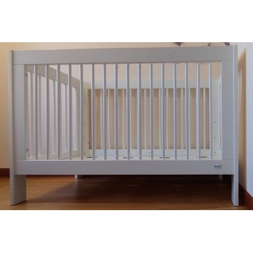 Łóżeczko dziecięce PINIO Basic + materac GRATIS