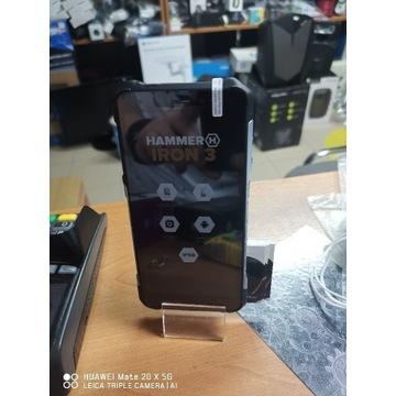 Telefon Hammer Iron 3 Lte