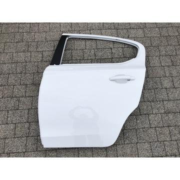 Drzwi Opel Corsa E Tylne tył lewe Z40R Białe lewy