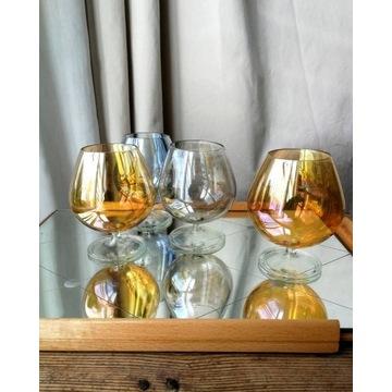 Kieliszki koniakówki opalizujące szkło kpl 4 szt.