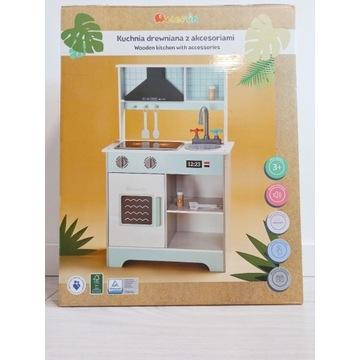 Nowa drewniana kuchnia z akcesoriami dla dziecka