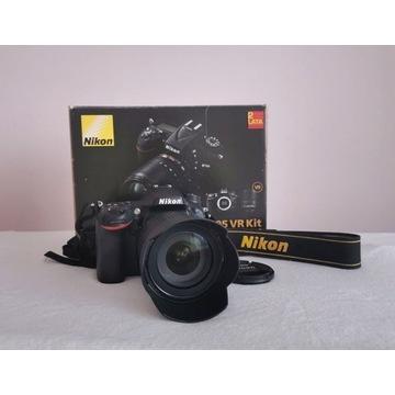 NIKON d7100 + AF-S DX NIKKOR 18-105mm VR