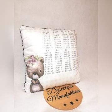 Poduszka 40x40 cm z tabliczka mnożenia Handmade