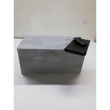 Skrzynka / szkatułka