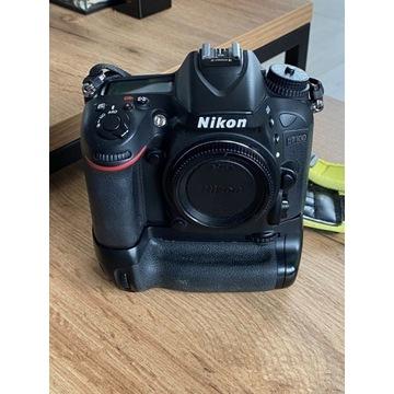 Nikon D7100 + grip Newell
