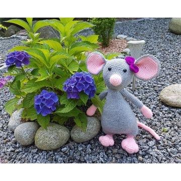 Myszka na szydełku