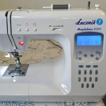 Maszyna do szycia Łucznik Magdalena 2050 156 scieg