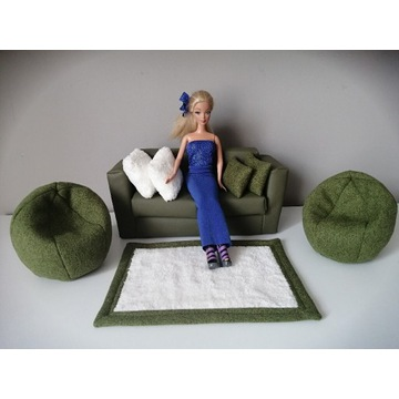 Aukcja charytatywna, meble dla lalki, kanapa, sofa