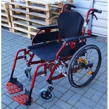 Wózek inwalidzki lekki wyjątkowy na spacery- mocny