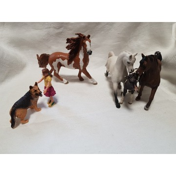 Zestaw koni Schleich + źrebak + pies  + dziewczynk