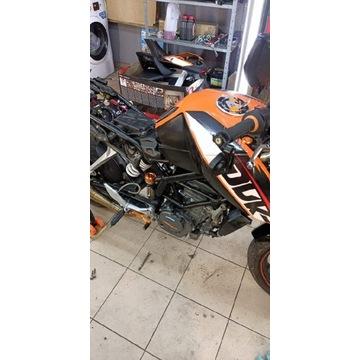Silnik skrzynia KTM Duke RC 125 na części