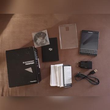 Blackberry Passport stan idealny czarny +akcesoria