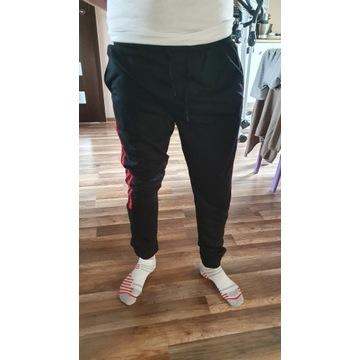 Spodnie męskie dresowe - XXXL - Czarne - Nowe