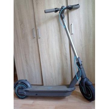 Hulajnoga elektryczna Motus Scooty 10 zestaw