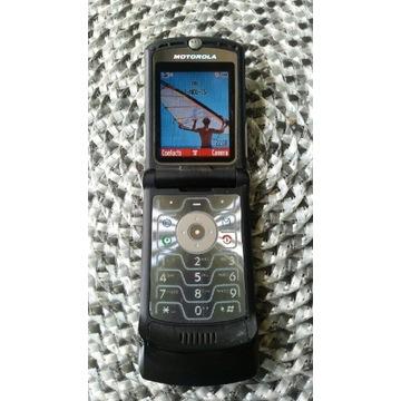 Motorola V3 z ładowarką